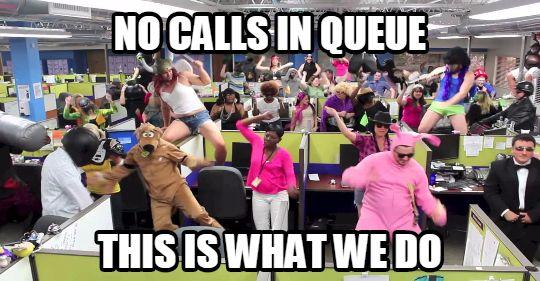 sharing-memes-callcenter